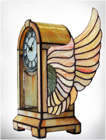 "Stained Glass Clock ""Flying Time"" Nr. 6035"